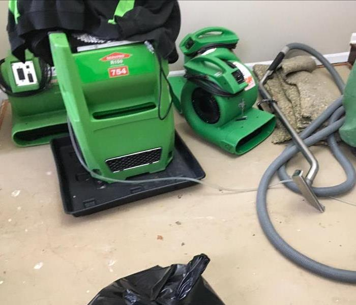 Water Damage Flooded Basement Cleanup in Chicago, IL